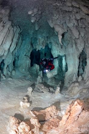 La Concha Cave